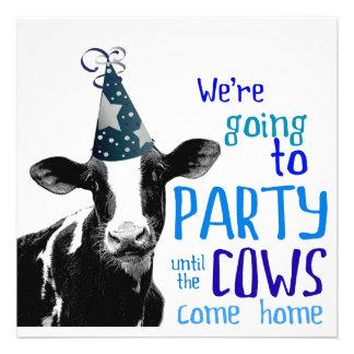 Soltero de la vaca o fiesta divertido de Bachelore Invitaciones Personales