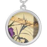 sombra de la flor en petunia mexicana púrpura del  collar