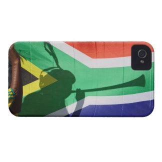 Sombra del vuvuzela que sopla del partidario del f iPhone 4 Case-Mate cobertura