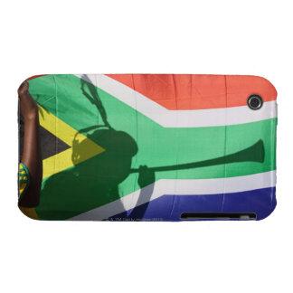 Sombra del vuvuzela que sopla del partidario del f Case-Mate iPhone 3 protectores