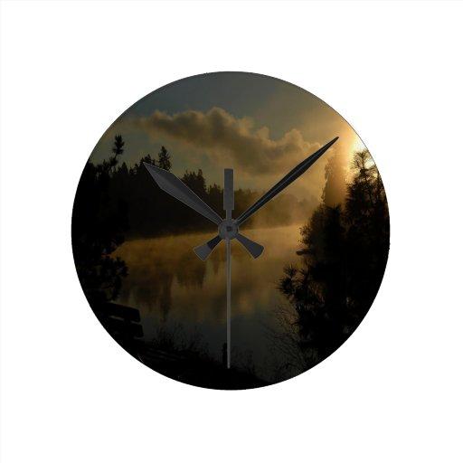 Sombra tórrida de la puesta del sol relojes de pared