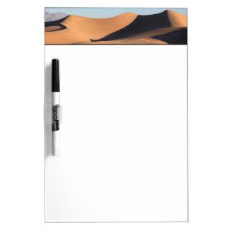 Sombras asombrosas del desierto pizarra blanca