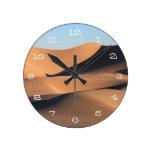 Sombras asombrosas del desierto reloj