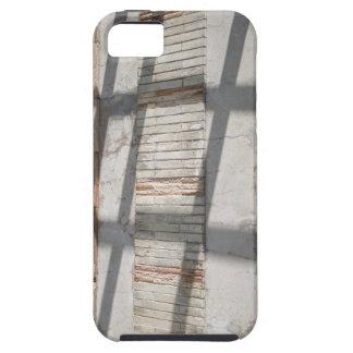 Sombras contra una pared iPhone 5 carcasas
