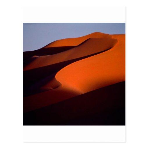 Sombras de la playa en la arena Marruecos Postal