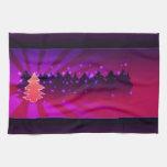 Sombras de los árboles de navidad de la púrpura toallas