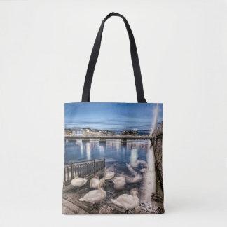 Sombras de los cisnes en el lago geneva, Suiza Bolsa De Tela
