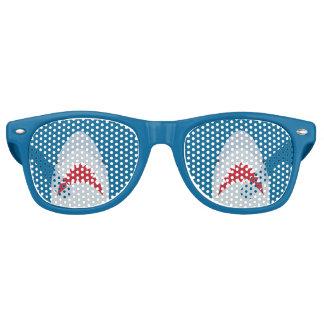 Sombras del fiesta del tiburón lentes de sol