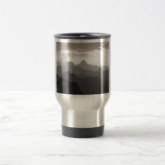 Sombras del gris taza de viaje