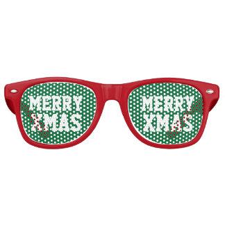 Sombras divertidas del fiesta para el navidad en lentes de fiesta