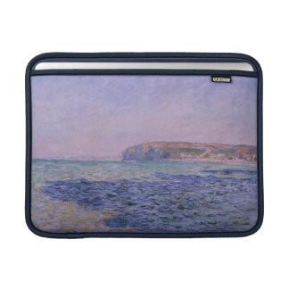 Sombras en el mar. Los acantilados en Pourville Funda Para Macbook Air