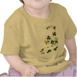 Sombras felices de la camiseta de los tréboles