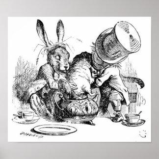 Sombrerero, Dormouse y liebres enojados de marzo Póster