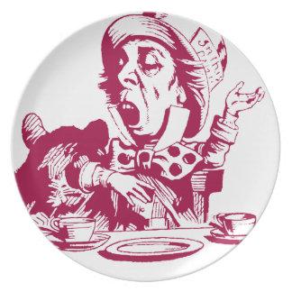Sombrerero enojado magenta plato de cena
