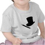 sombrero de copa del mago y vara de la magia camiseta