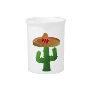 Sombrero que lleva del cactus jarras de beber