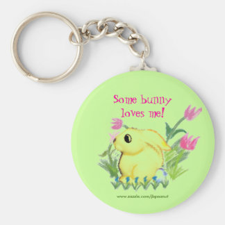 Some bunny loves me! basic round button keychain