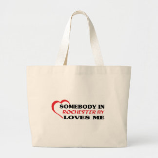 Somebody in Rochester Hills loves me t shirt Bags