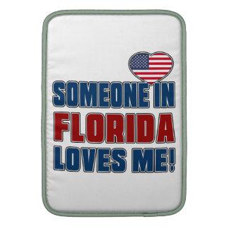 SOMEONE LOVES ME IN FLORIDA MacBook AIR SLEEVES