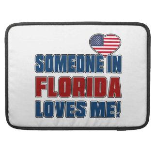 SOMEONE LOVES ME IN FLORIDA MacBook PRO SLEEVES