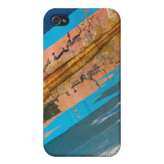 Sometimes You Get A Distorted View When You Reflec iPhone 4/4S Cases