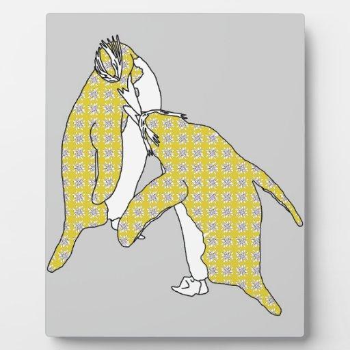 Somos pares amarillos placa