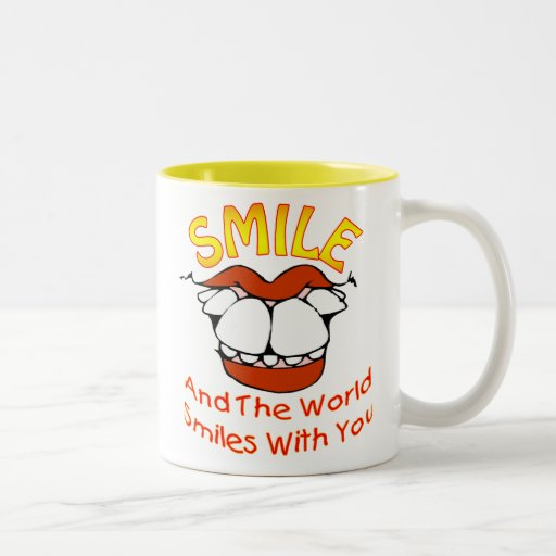 Sonríen y las sonrisas del mundo con usted (v1A) Taza De Café