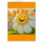 Sonrisa alegre de las margaritas felicitacion