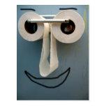 sonrisa del cuarto de baño postal