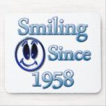 Sonrisa desde 1958 alfombrilla de raton