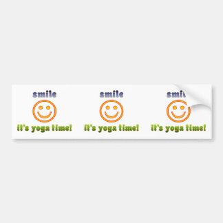 ¡Sonrisa es tiempo de la yoga! Edad de la aptitud  Pegatina Para Auto