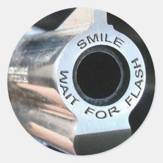 Sonrisa-espera para flash.jpg pegatina redonda