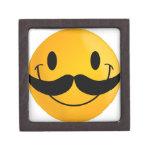 sonrisa feliz sonriente del bigote caja de regalo de calidad