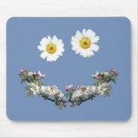 Sonrisa floral alfombrilla de ratón