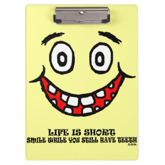 Sonrisa mientras que usted todavía tiene dientes