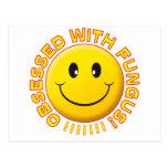 Sonrisa obsesionada hongo postal