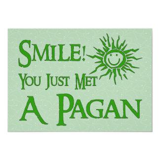 Sonrisa pagana invitación 12,7 x 17,8 cm