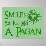 Sonrisa pagana posters