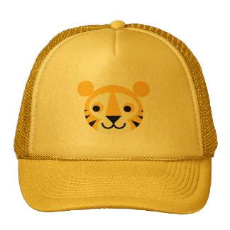 Sonrisa principal linda de los gatos del gato gran gorras de camionero