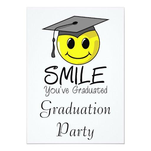 """Sonrisa que usted ha graduado invitación 5"""" x 7"""""""
