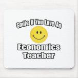 Sonrisa si usted ama a un profesor de la economía tapetes de ratones