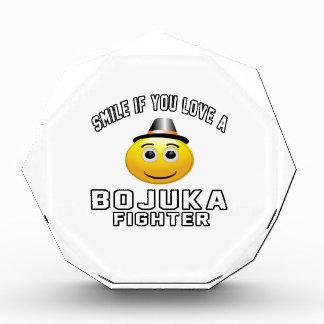 Sonrisa si usted ama el combatiente de Bojuka