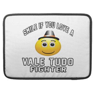 Sonrisa si usted ama el combatiente del VALLE TUDO Funda Macbook Pro