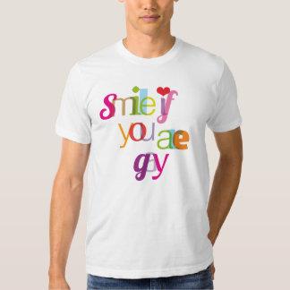 Sonrisa si usted es camiseta para hombre gay playera