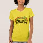 SONRISA SI USTED es GAY Camisetas