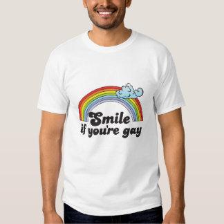 SONRISA SI USTED es GAY Remera