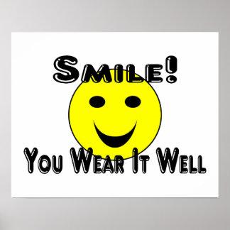 Sonrisa usted la lleva bien póster