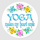 Sonrisas de la yoga etiquetas redondas