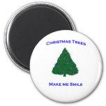 Sonrisas del árbol de navidad imán para frigorífico