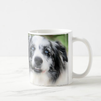 Sonrisas del lirio taza de café